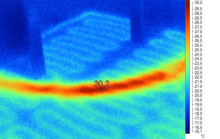 Figura 2 Tracciato della tubo dell'acqua calda nel pavimento