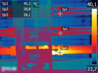 Figura 1 Sottostazione elettrica – fase calda dovuta probabilmente a connessione ossidata o allentata